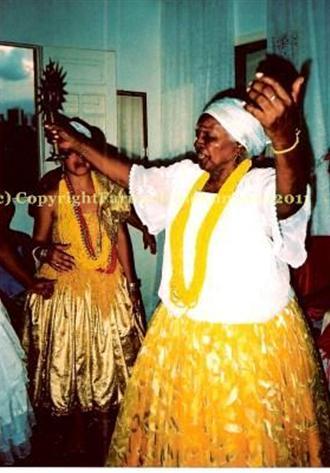 Ile Ifa Osun Monjobe, orisa, Osun, Ochun, Oxum, orisa, cowrie shells, cowrie readings, psychic readings, psychic, psychic medium