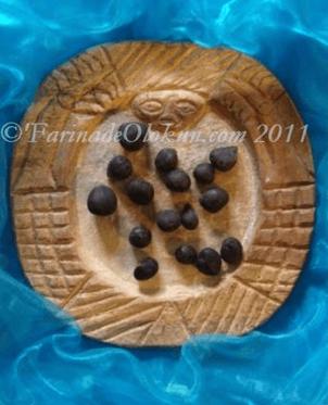 opon ifa, ikin ifa, hand of ifa, yoruba, babalawo, mano de orula,,