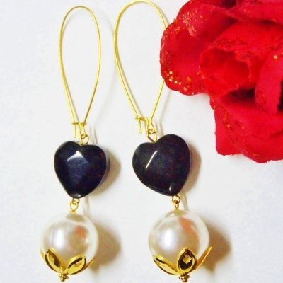 Pomba Gira Faceted Black Heart and Pearl Dangle Earrings Macumba Candomble Exu