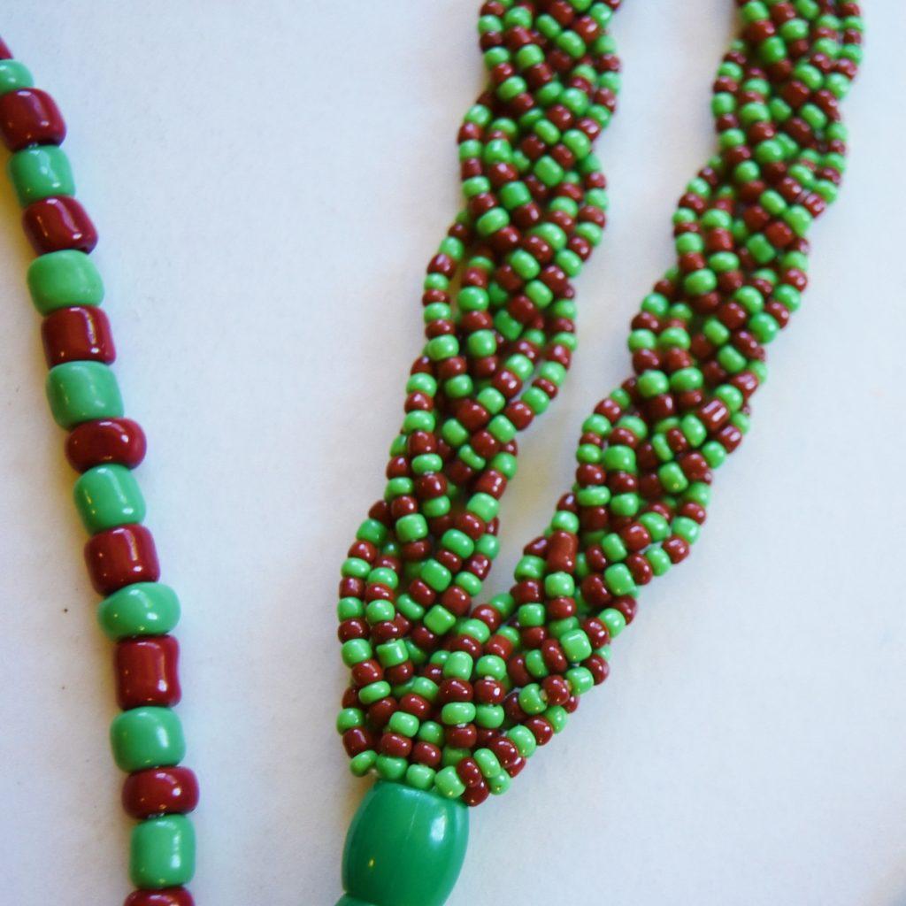large Ifa bead closeup
